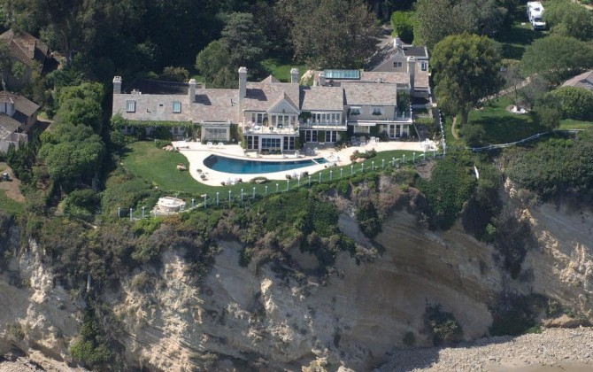 Barbra Streisand House Endearing With Barbra Streisand's House Photo